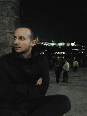 https://www.cogitozgorzelec.pl/wp-content/uploads/2018/02/Marcin_Bartnik-300x400.jpg